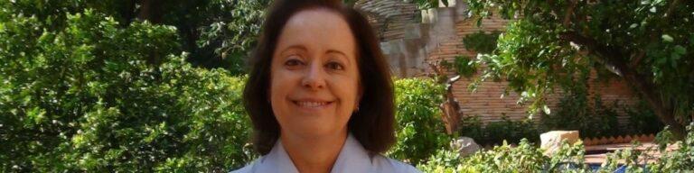 Fliaraxá firma parceria com Revistapontocom em benefício de professores de Araxá