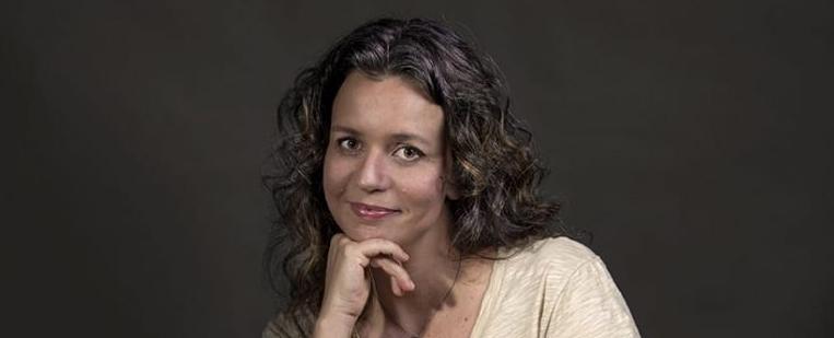 A poesia de Mariana Paz, pérolas mineradas na matéria bruta